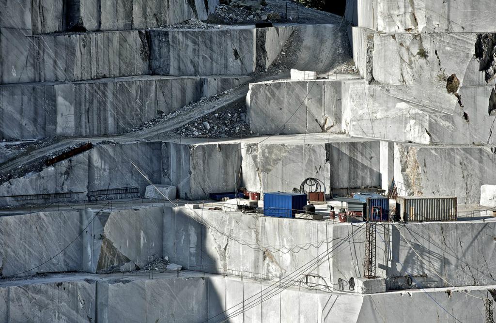 Il Marmo Di Carrara Un Marmo Bianco Dalla Storia Antica Marmi