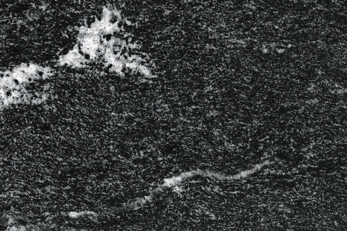 Schwarzer Granit schwarzer granit eine wiederentdeckung in einrichtung und design